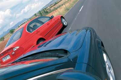 Comparativa: Jaguar X-Type 3.0 Executive automático / BMW 330 XI Steptronic