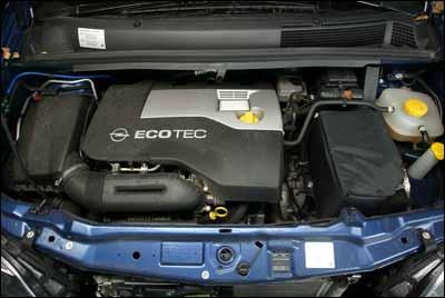 Opel Zafira 2.2 Sport